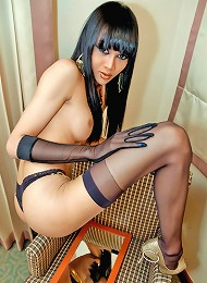 Asian ladyboy dressed as Cleopatra and cuuuuuuming