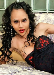 Ladyboy is drunk horny and very kinky