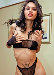 Slutty dirty ladyboy scrubs her hung dick