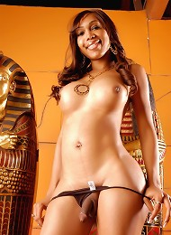 Sexxxy Jade nude in an Egyptian room